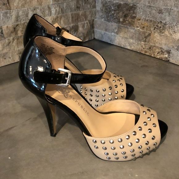 0773653107b Sexy Studded Rock and Republic Platform Heels. M 5b4bb81b1b3294f27d65add8